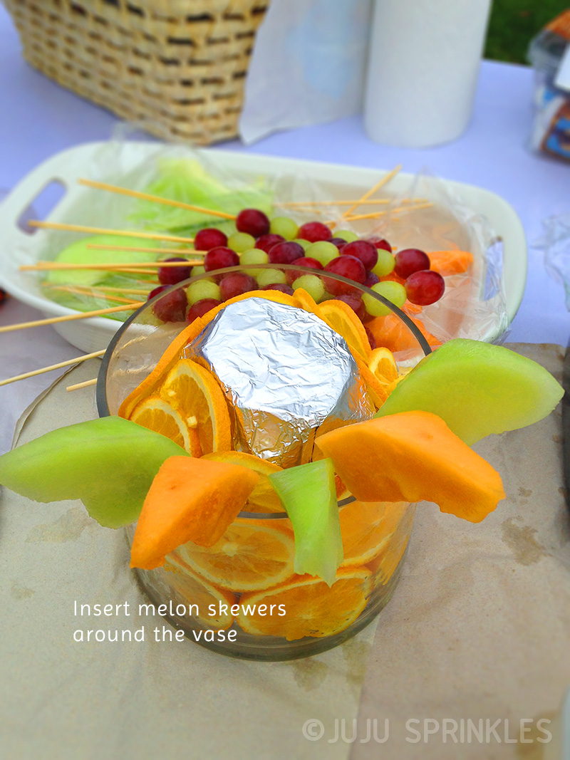Fruit bouquet melon assemble copy